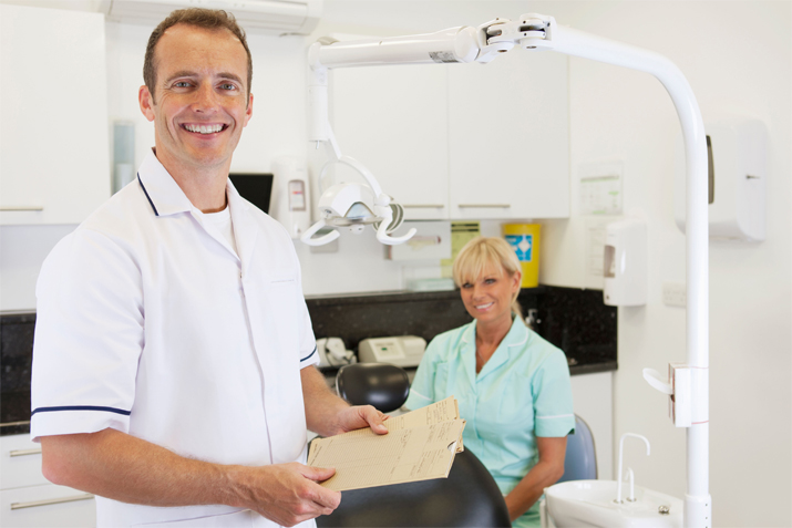 orthodontist career Orthodontist job description: examine, diagnose, and treat dental malocclusions and oral cavity anomalies design and fabricate appliances to realign teeth and jaws.